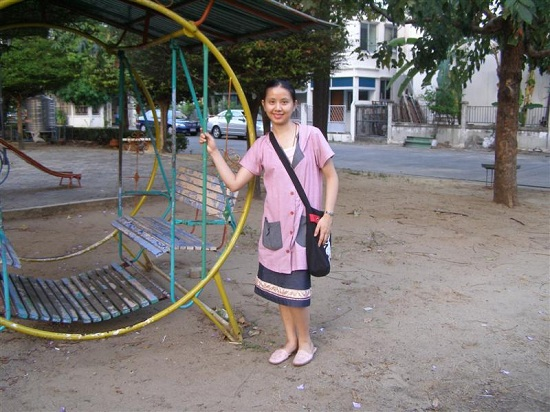 สนามเด็กเล่นในหมู่บ้าน
