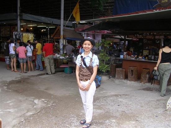 เที่ยวเมืองไทยตลาดน้ำดำเนินสะดวก