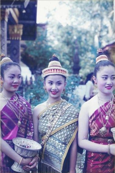นางขันทะลี พันทะวง นางสังขารเมืองหลวงพระบางปี 1994 พ.ศ.2537 และรองนางงาม